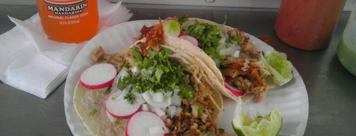 Tacos El Idolo is one of Dee Phunk's Taco Truck / Cart Picks.