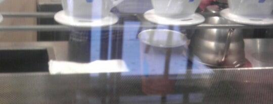 Blue Bottle Coffee is one of Caffeine Fix.