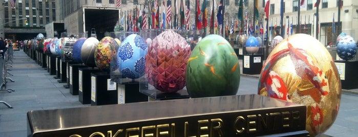 Rockefeller Center is one of Nova York.
