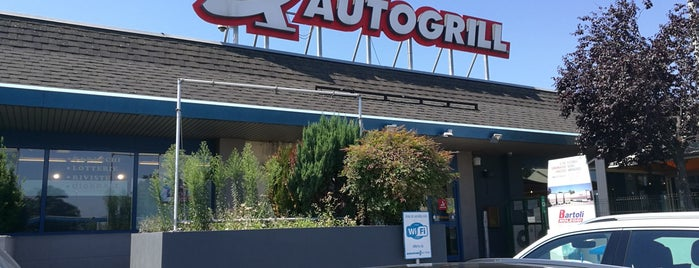 Autogrill is one of Lieux qui ont plu à Ali Can.
