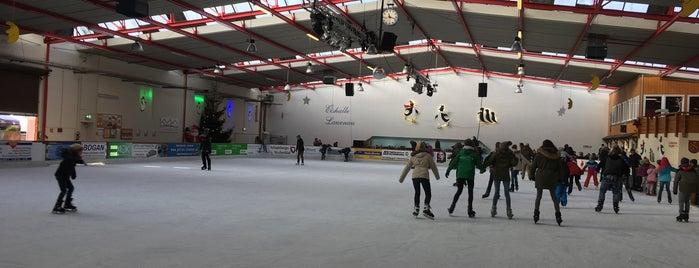 Victoria Arena is one of Tempat yang Disukai Heiko.