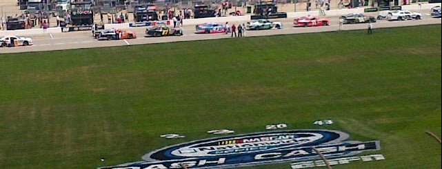 Chicagoland Speedway is one of Lugares guardados de JRA.