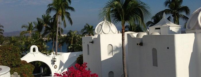 Las Hadas Golf Resort & Marina is one of Hoteles visitados.