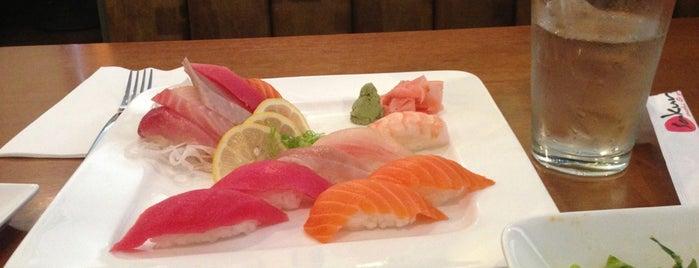 Sakura Sushi & Grill is one of Divyaさんのお気に入りスポット.