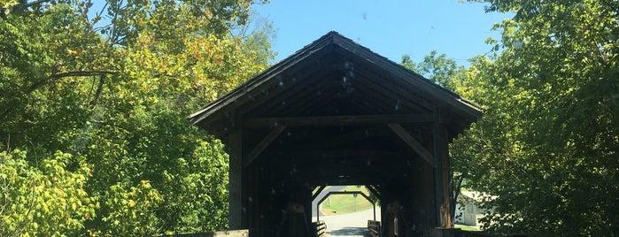 Harrisburg Covered Bridge is one of Posti che sono piaciuti a Adam.