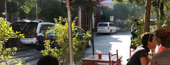 Paseo Barrio Lastarria is one of Lugares favoritos de Farid.