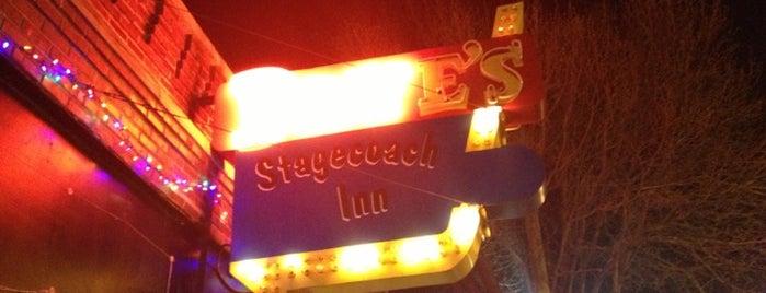 Dave's Stagecoach Inn is one of Posti che sono piaciuti a Travis.