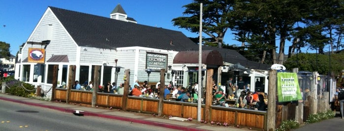 Half Moon Bay Brewing Company is one of Beer Spots.