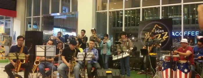 Jajan Jazz - Teras Kota is one of Leisure Channel - BSD City.