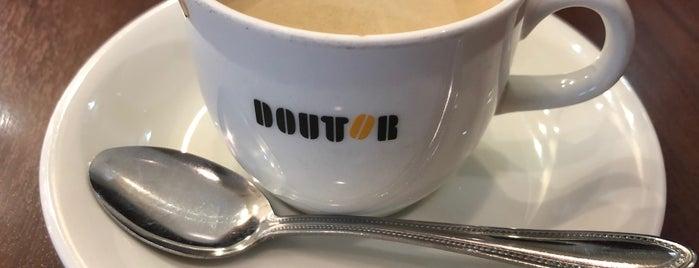 Doutor Coffee Shop is one of Locais curtidos por Masahiro.