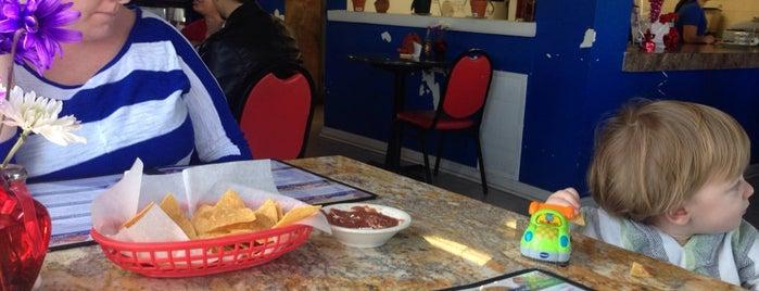 El Salvadoreño Pupuseria & Restaurant is one of Jersey.