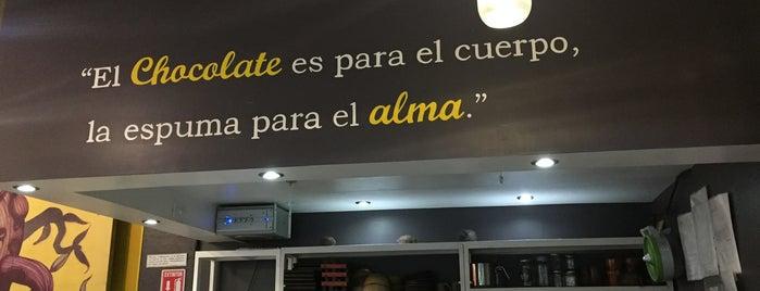 La Rifa Chocolateria is one of สถานที่ที่ Ann ถูกใจ.