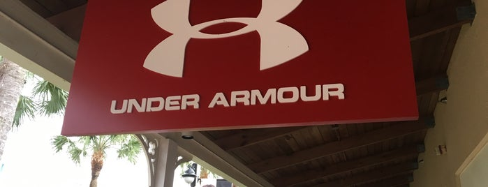 Under Armour Outlet is one of Tempat yang Disukai Charles.