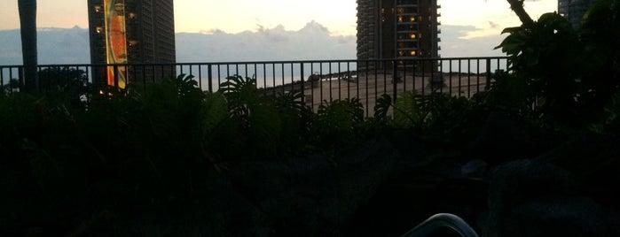 Kalia Pool is one of My Favorite Oahu.
