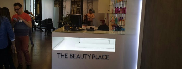 The Beauty Place is one of Lugares favoritos de Catherine.