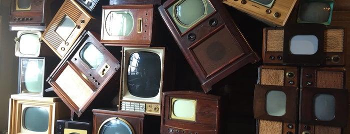 Media Storm is one of Lugares favoritos de Zhenya.
