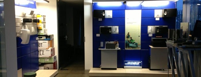 Bose Center is one of Zorata'nın Beğendiği Mekanlar.