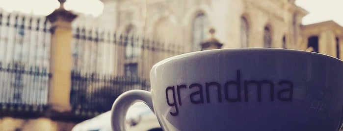 Grandma Artisan Bakery Cafe is one of İkra's.