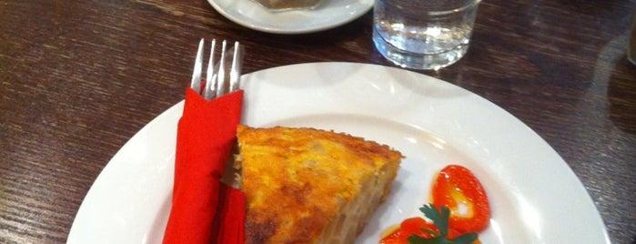 Café del Castillo is one of Europe specialty coffee shops & roasteries.