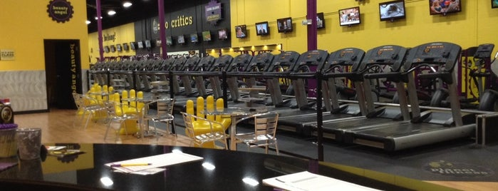 Planet Fitness is one of Lugares favoritos de Maura.