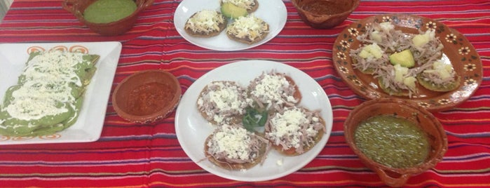 Instituto Gastronómico Letty Gordon is one of Locais curtidos por ....