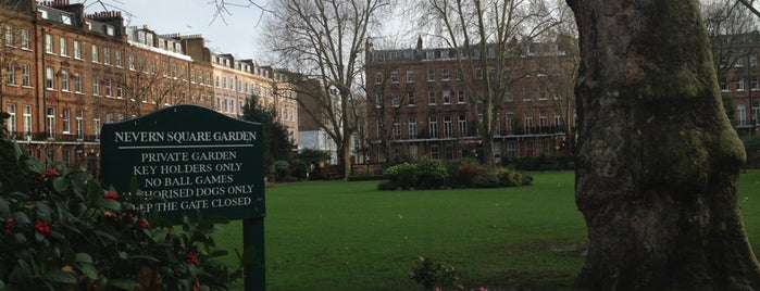 Nevern Square is one of Orte, die Ola gefallen.