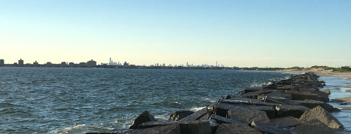 Breezy Point Tip is one of Sights in Queens.