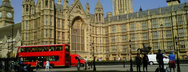 Houses of Parliament is one of 'Cos everybody hates a tourist.