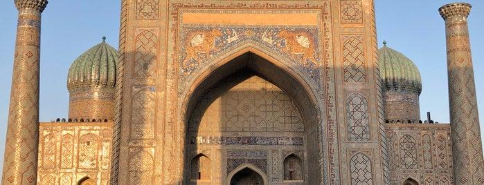 Samarqand / Samarkand / Самарканд is one of Ali 님이 저장한 장소.