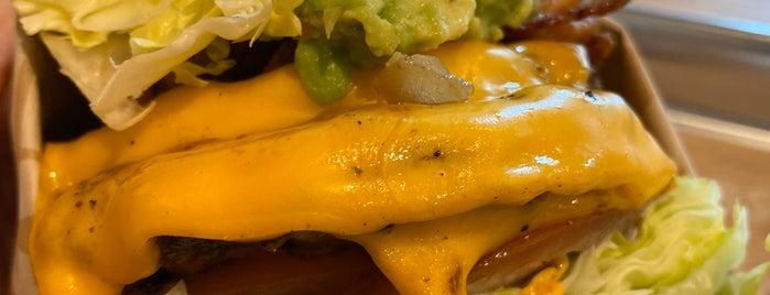 The Habit Burger Grill is one of Rob 님이 좋아한 장소.