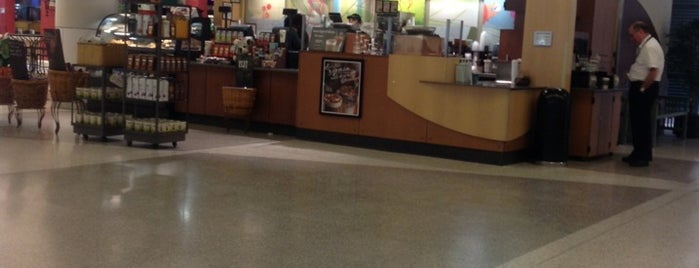 Starbucks is one of Lugares favoritos de Nathan.
