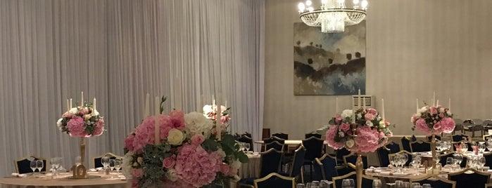 Hotel Balkan Royal Ballroom is one of Locais curtidos por Zorata.