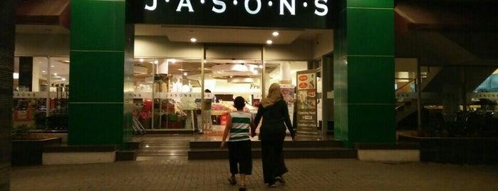Jason's Market Place is one of Lugares favoritos de Resha.