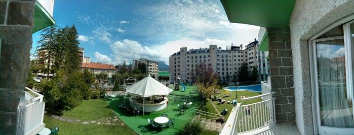 Gran Hotel De Jaca is one of Restaurantes que admiten cheques Gourmet.