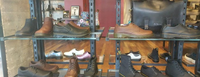 The Dr. Martens Store is one of Posti che sono piaciuti a Alberto J S.