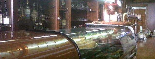 Bar Agarimo is one of Posti che sono piaciuti a Jordan.