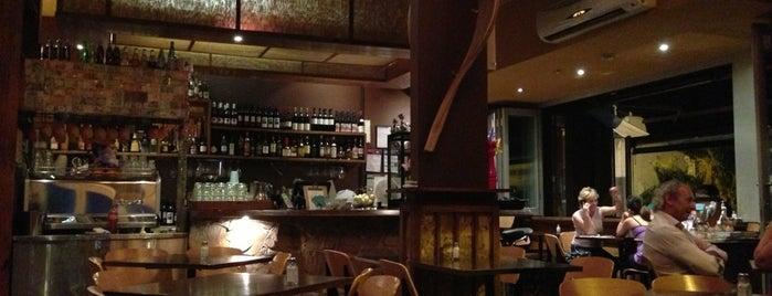 Babble Cafe is one of Lieux sauvegardés par Najube.