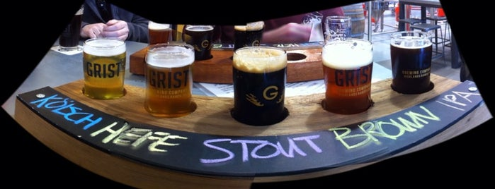 Grist Brewing Company is one of Tempat yang Disukai Ⓔⓡⓘⓒ.