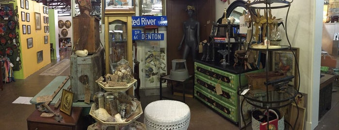 White Elephant Antiques is one of Thrifting.