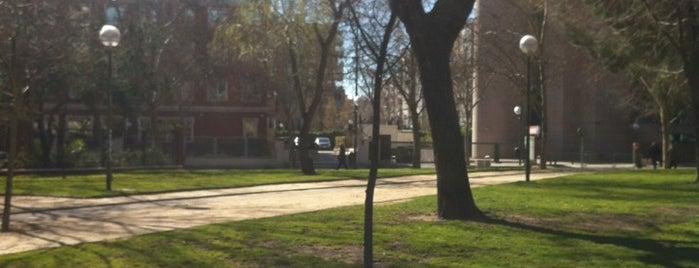 Parque De Padre Claret is one of Lugares favoritos de Ilde.