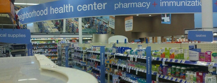 Walgreens is one of Leslie 님이 좋아한 장소.