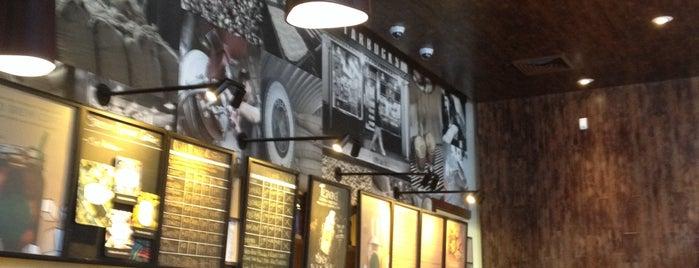 Starbucks is one of Lugares favoritos de @49ergirl.