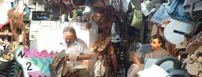 Melissinos Art - Poet Sandal Maker is one of Atenas.