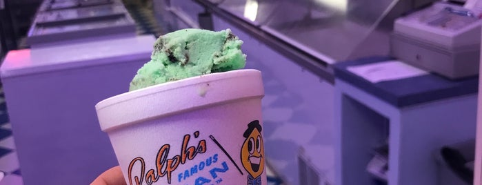 Ralph's Famous Italian Ices is one of Locais curtidos por Oscar.