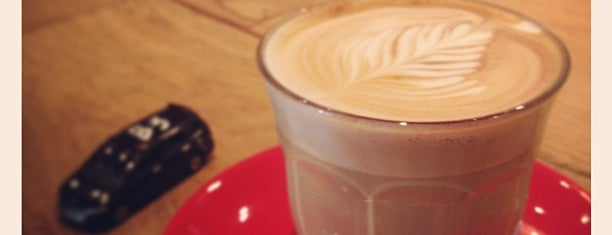 LATTE GRAPHIC is one of Allpress Espressoなコーヒースタンド&カフェ.