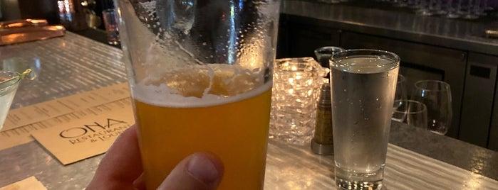 Ona Restaurant & Lounge is one of Posti che sono piaciuti a Tim.