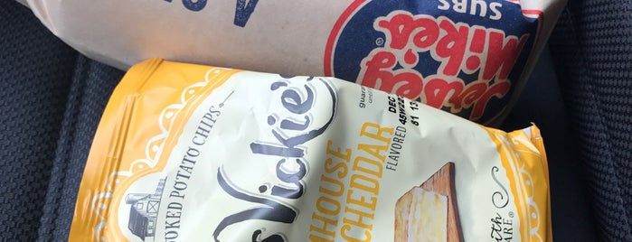 Jersey Mike's Subs is one of Alfa 님이 좋아한 장소.