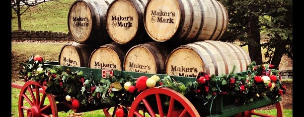 Maker's Mark Distillery is one of Orte, die Charles gefallen.