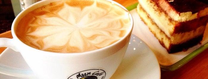 Moon Café is one of Posti salvati di Cynthia.