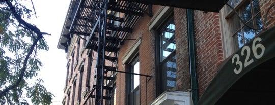 Ear Inn is one of Oldest Bars in New York City.